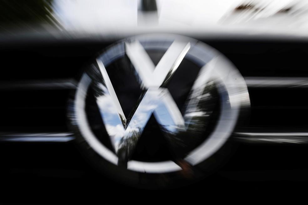 Escândalo 'dieselgate' foi revelado em 2015 após testes mostrarem manipulação nas emissões de carros da montadora — Foto: Michele Tantussi/Reuters