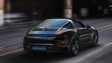 Versão mais 'elegante' do Porsche 911, Targa ganha nova geração com até 450 cv