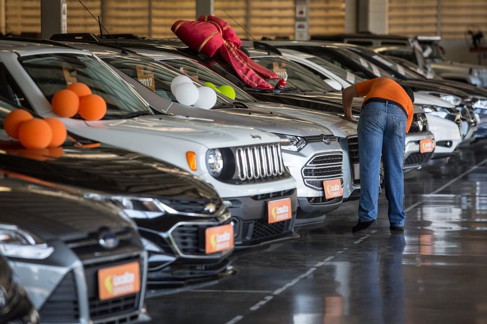 Loja de revenda de carros usados de locadora em São Paulo — Foto: Fabio Tito/G1