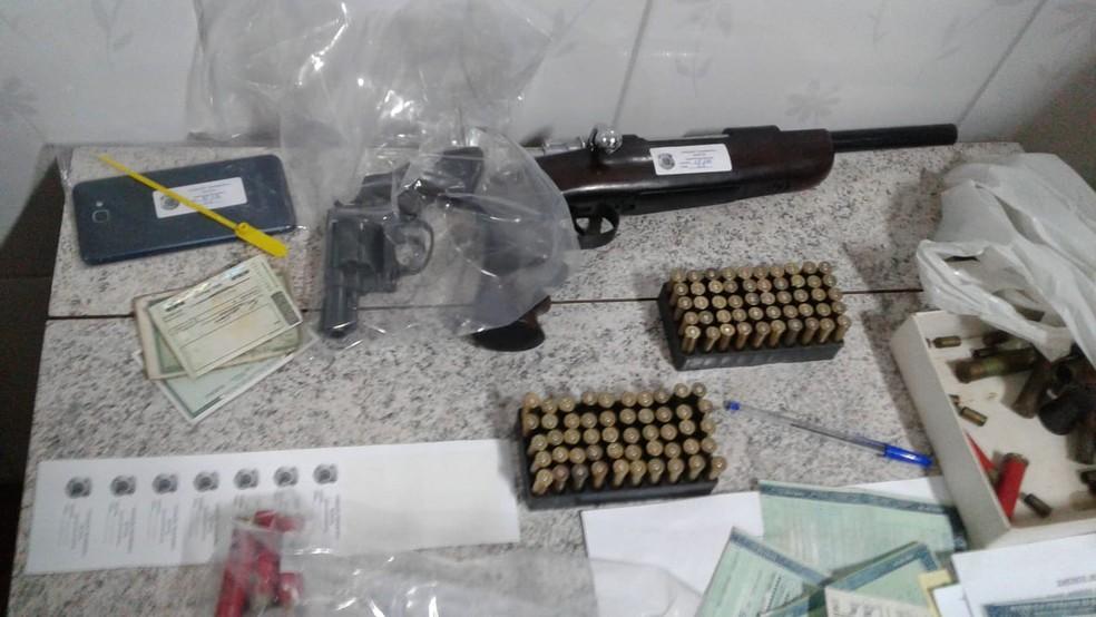 Material apreendido durante a operação contra roubo de carga — Foto: Divulgação