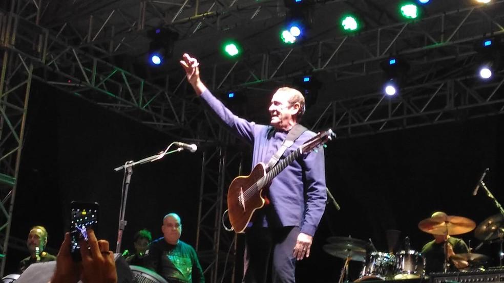 Zé Ramalho se apresentou no Parque das Águas em Sorocaba — Foto: Aline Albuquerque/G1