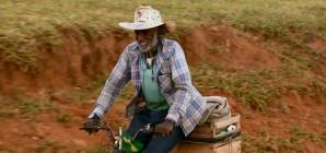 Morador de zona rural pedala 16 km para tratamento de hemodiálise em MG