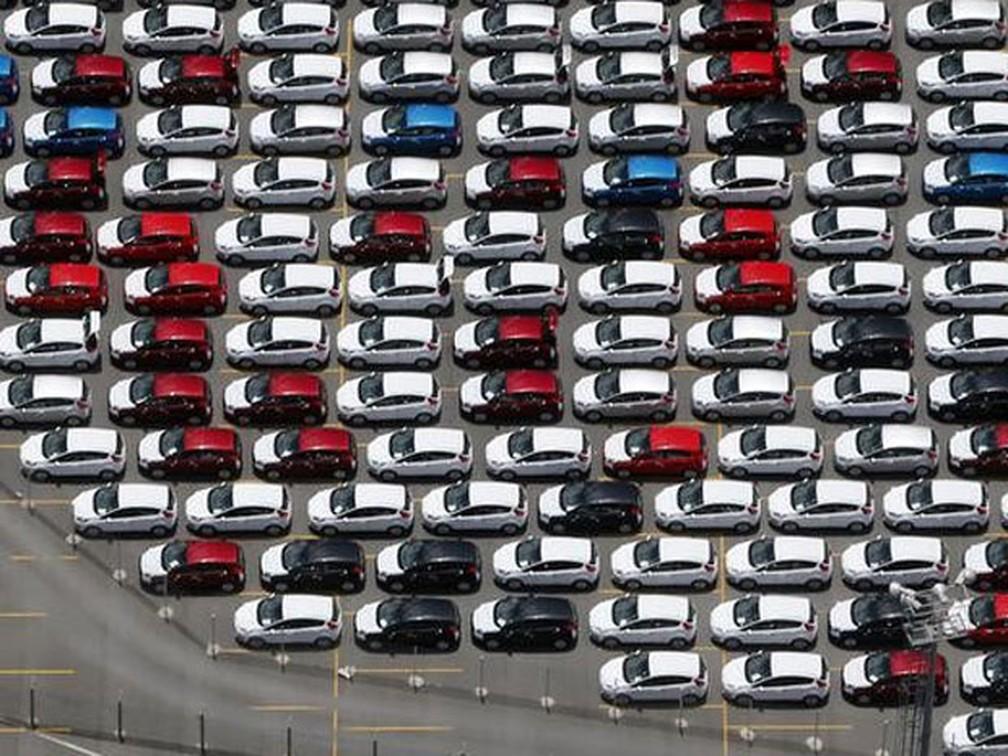 Foto de arquivo tirada em 2016 mostrou carros novos da Ford estacionados em pátio da fábrica em São Bernardo do Campo — Foto: REUTERS/Paulo Whitaker