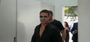 Suspeito de estelionato, sertanejo Eduardo Costa presta depoimento em Belo Horizonte