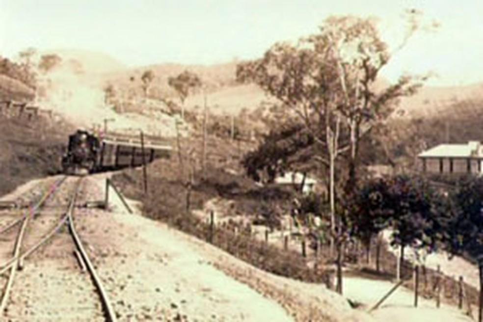 Foto do antigo trem turístico em Poços de Caldas. — Foto: Reprodução EPTV