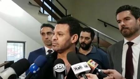 Advogado pede afastamento de delegado de inquérito em que Eduardo Costa é investigado