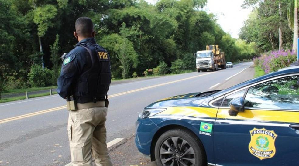PRF divulga balanço de operação nas estradas do Sul do RJ — Foto: Polícia Rodoviária Federal