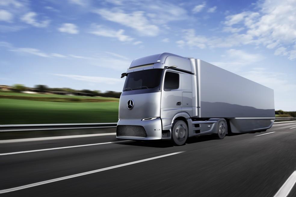 Caminhão elétrico da Mercedes-Benz para longas distâncias — Foto: Divulgação