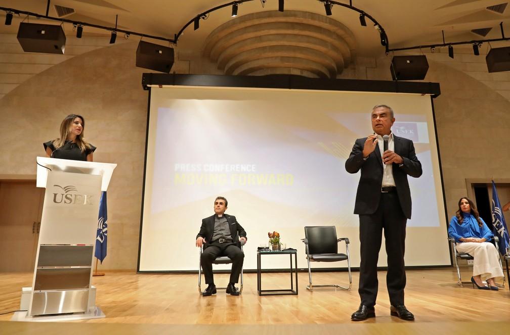 Carlos Ghosn apresenta projeto de consultoria em universidade no Líbano — Foto: Anwar AMRO / AFP