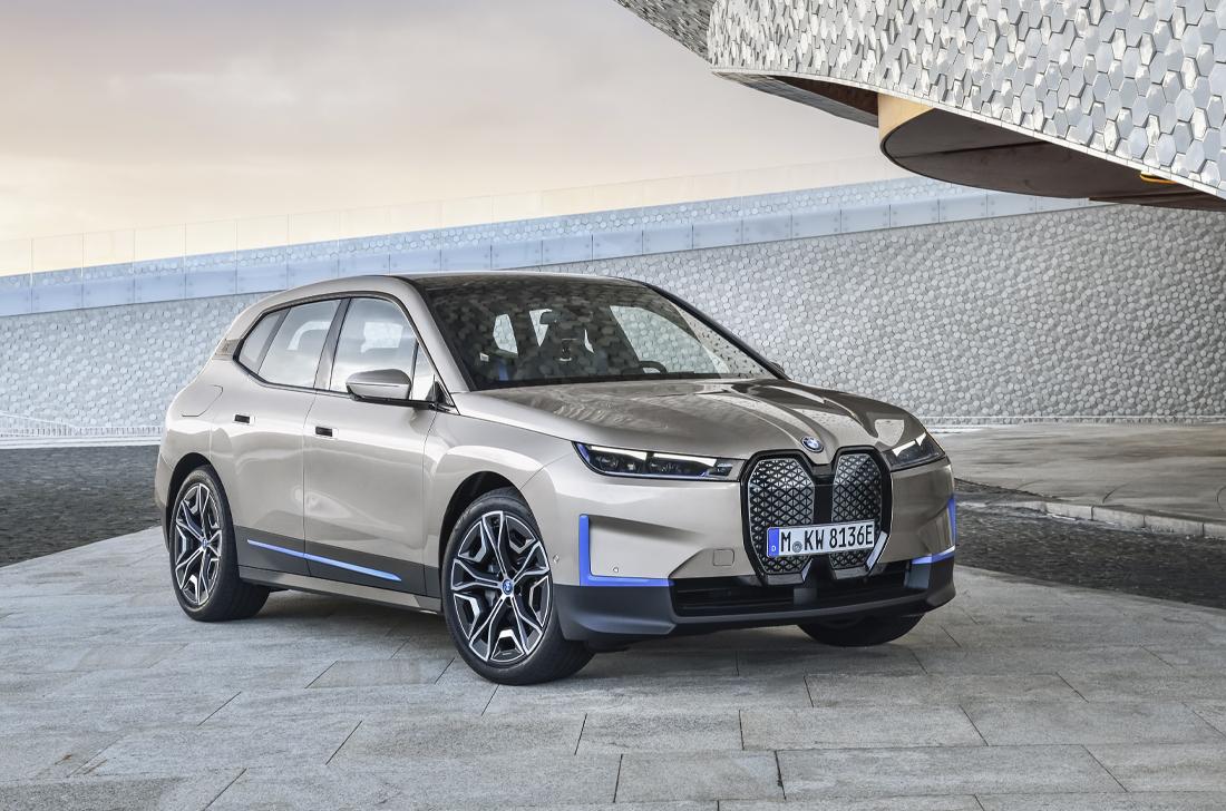 BMW iX elétrica
