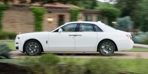 Já dirigimos: Novo Rolls-Royce Ghost 2021 é tudo e mais um pouco