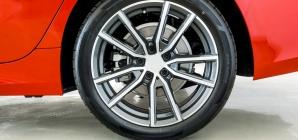 Freio a disco nas rodas traseiras é de fato importante? Ou é só 'marketing'?