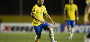 """Com a camisa 10, Everton Ribeiro estreia como titular da Seleção: """"Sonho de criança realizado"""""""