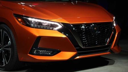 Novo Nissan Sentra recebe o Top Safety Pick após melhorar os faróis de LED