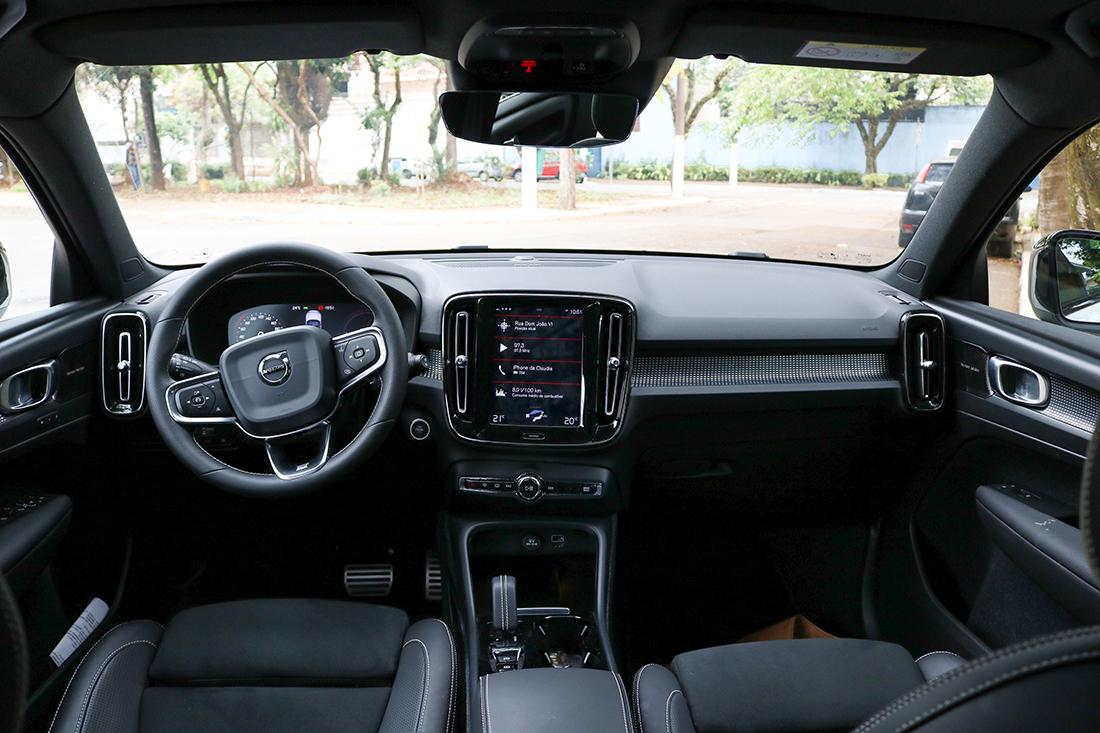 Interior do Volvo XC40 Plug-in Hybrid