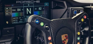 Novo Porsche 911 GT3 Cup fica mais potente e com melhorias no cockpit