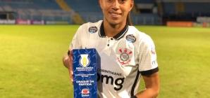 Lesionada em 2019, Adriana voltou para ser protagonista do Corinthians