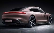 Porsche Taycan ganha versão 'básica' com tração traseira por R$ 589.000 no Brasil