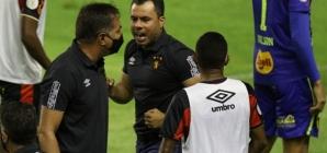 """Técnico do Sport não esconde chateação com arbitragem após derrota para o Palmeiras: """"Não é a primeira vez"""""""