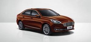 Novo Ford Escort aparece reestilizado em registros na China