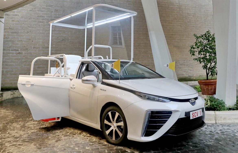Papamóvel Toyota Mirai