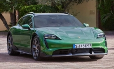 Porsche Taycan Cross Turismo, perua elétrica com até 761 cv