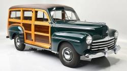 Bisneto de Henry Ford vende carro que foi o maior fracasso da marca