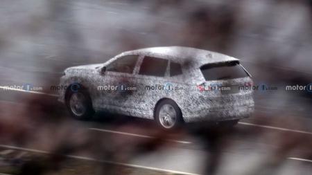 Novo Honda CR-V 2023 mostra porte superior em 1º flagra; veja fotos