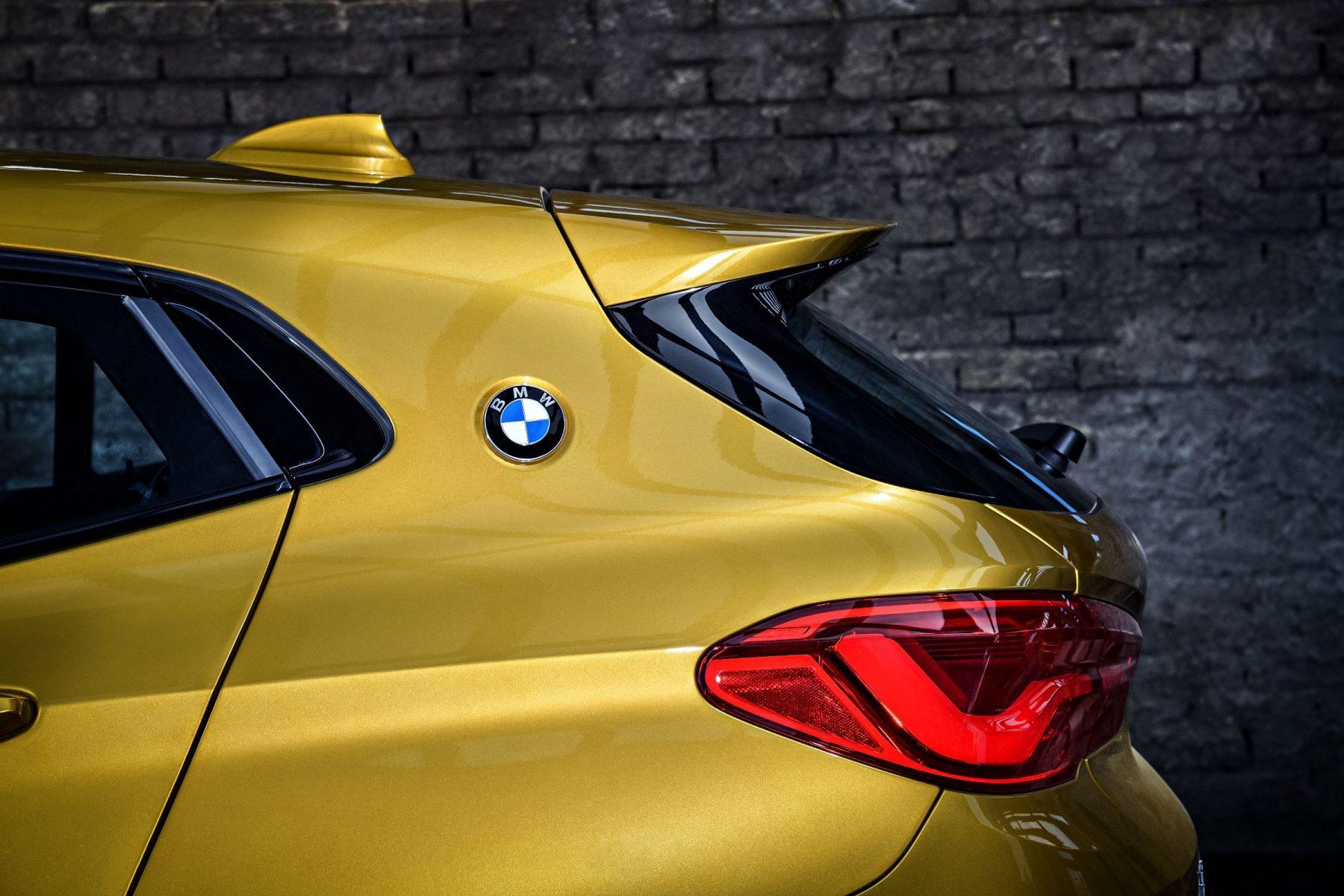 Coluna C do SUV BMW X2