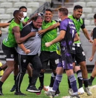 Veja os gols da vitória do Ceará sobre o Grêmio pela Série A do Brasileiro
